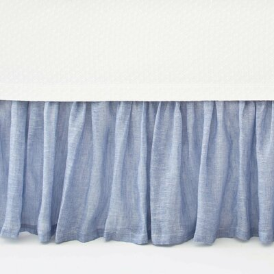Chambray Savannah Linen Bed Skirt Size: Queen