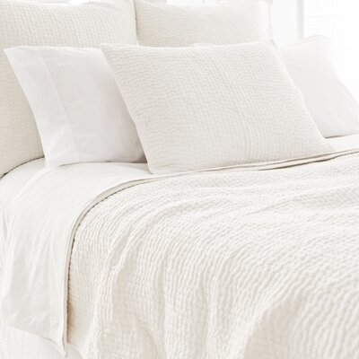 Seychelles Cotton Quilt Size: Twin, Color: Dove White