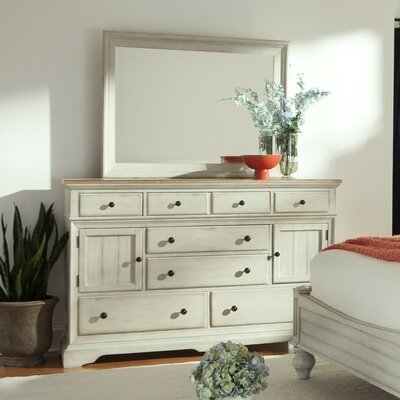 Cottage 8 Drawer�Dresser with Mirror
