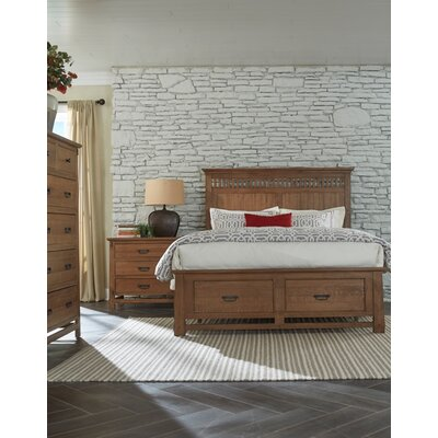 Huber Storage Platform Bed Size: King
