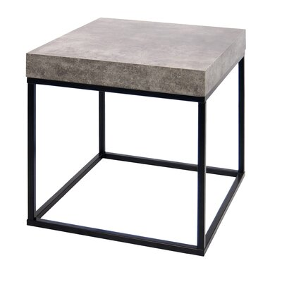 Petra End Table