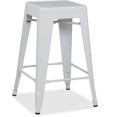 26 Bar Stool Finish: White