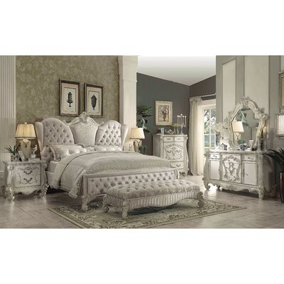 Welton Tufted Upholstered Panel Bed Size: King
