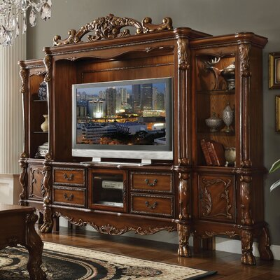Welliver Entertainment Center Color: Cherry Oak