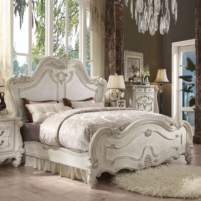Welton Panel Bed Color: Bone White, Size: King