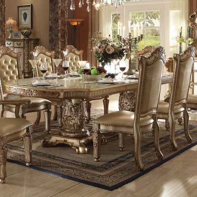 Welles Traditional Extendable Dining Table
