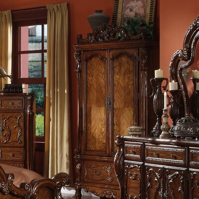 Welliver 82 TV Armoire