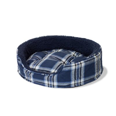 Snuggle Terry and Plaid Pet Bed Color: Midnight Blue Oval, Size: Medium (23 L x 18 W)