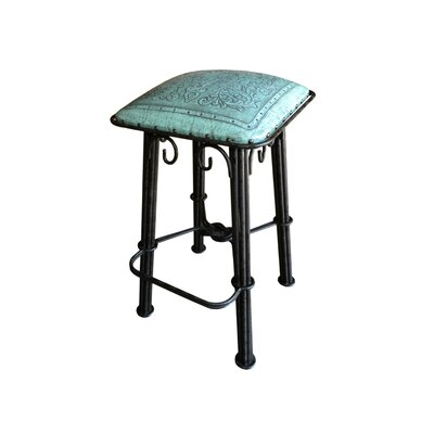 Colonial 30 inch Bar Stool