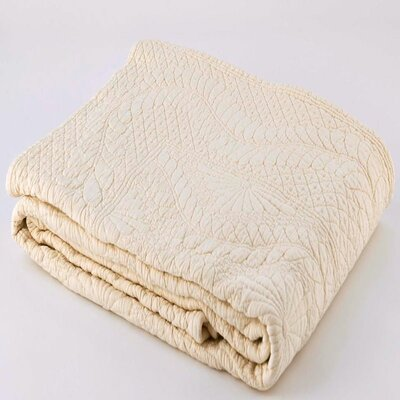 Suzi Coverlet Size: Full / Queen, Color: Vanilla