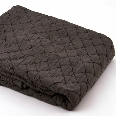 Louisa Coverlet Size: King, Color: Charcoal