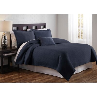 Flynn Coverlet Size: King, Color: Bule