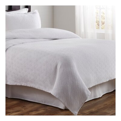 Flynn Coverlet Size: Twin, Color: White