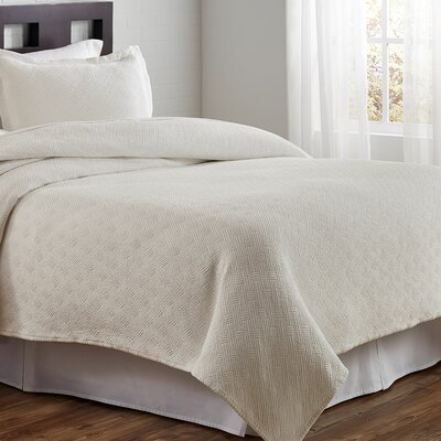 Flynn Coverlet Size: Full/Queen, Color: Linen