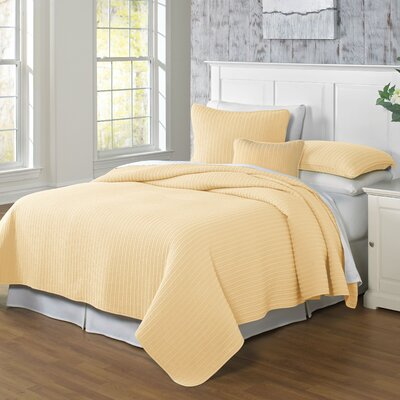 Clare Coverlet Size: Full/Queen, Color: Maize