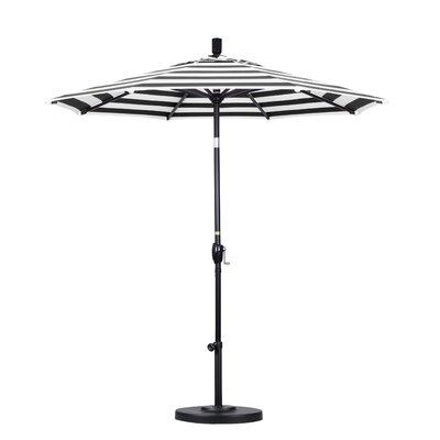 7.5 Market Umbrella Fabric: Classic, Frame Finish: Matted Black