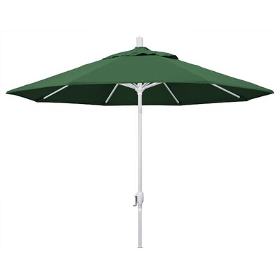 9 Market Umbrella Frame Finish: Matted White, Fabric: Hunter Green