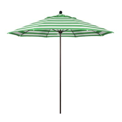 9 Market Umbrella Fabric: Emerald, Frame Finish: Bronze