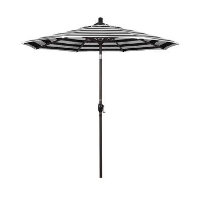 7.5 Market Umbrella Frame Finish: Bronze, Fabric: Classic