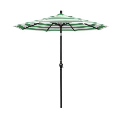 7.5 Market Umbrella Fabric: Emerald, Frame Finish: Matted Black