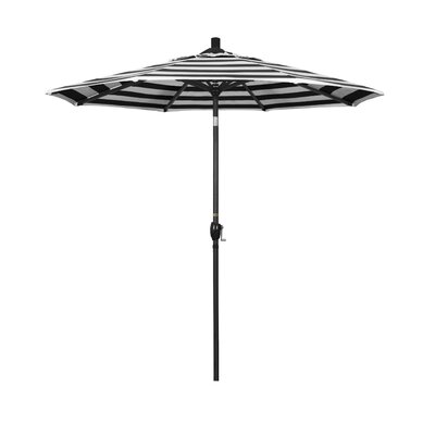 7.5 Market Umbrella Fabric: Classic, Frame Finish: Matted Black