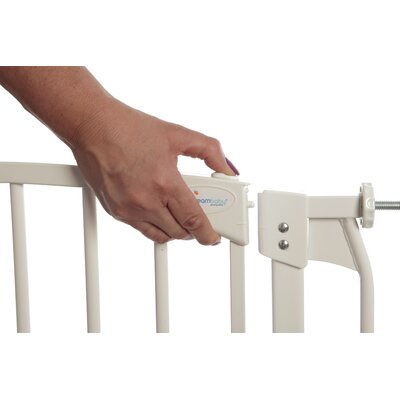 Image of Dreambaby Chelsea Swing Close Gate Combo Pack Type: Single Gate, Color: White