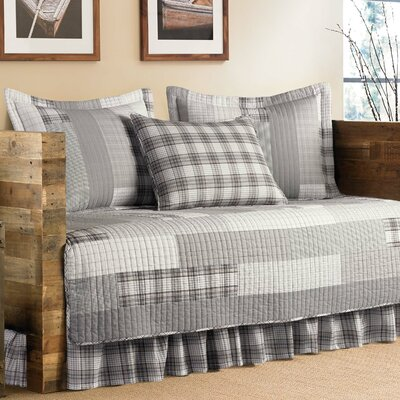 Colleen 5-Piece Daybed Quilt Set by Eddie Bauer 209702