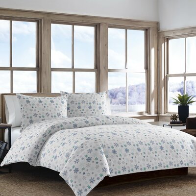 Tossed Snowflake 3 Piece Duvet Cover Set Size: King