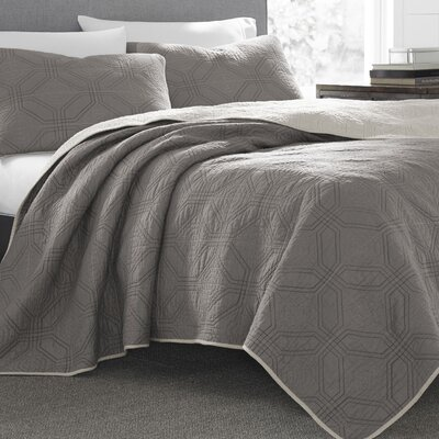 Axis Reversible Quilt Set Size: King