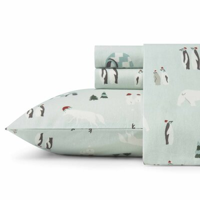 Winter Gathering Flannel Sheet Set Size: Twin