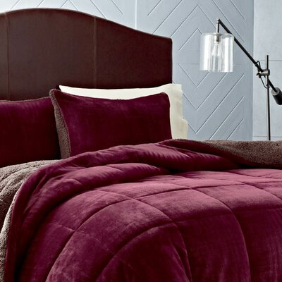 Premium Fleece Reversible Comforter Set Color: Beet, Size: King