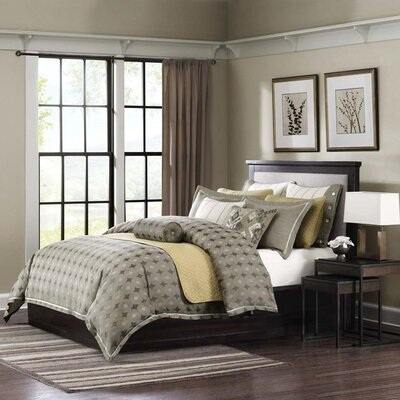 Flyer Comforter Set Size: King