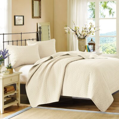 3 Piece Coverlet Set Size: King, Color: Ivory