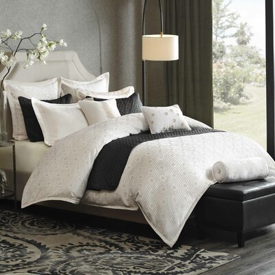 Pathways Comforter Set Size: Queen