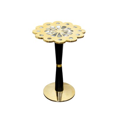 Petal Table Size: Small