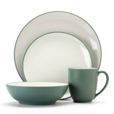 Colorwave 16 Piece Dinnerware Set Color: Green
