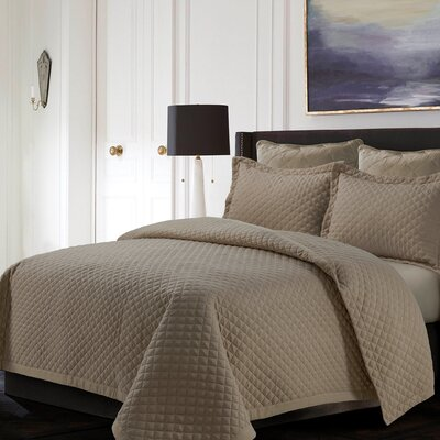 Brisbane Reversible Quilt Set Color: Taupe, Size: King