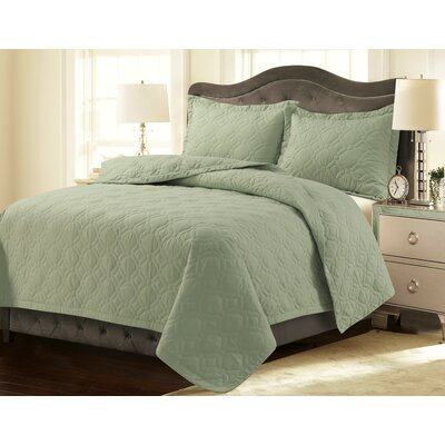 Coalton Solid or Printed Oversized Quilt Set Color: Sage Green, Size: King