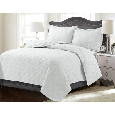 Coalton Solid or Printed Oversized Quilt Set Color: White, Size: King