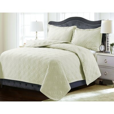 Coalton Solid or Printed Oversized Quilt Set Color: Ivory, Size: Queen