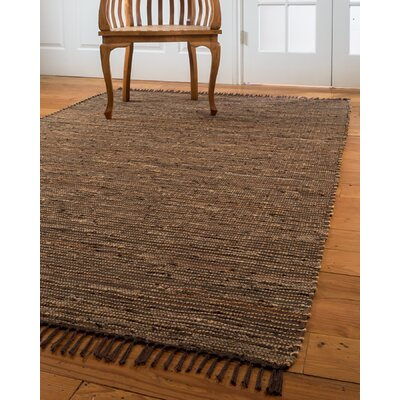 Vera Cruz Hand-Woven Brown Area Rug Rug Size: 5 x 8