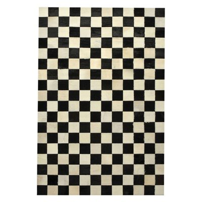 Cow Hide Patchwork Checkered Bergama Rug Rug Size: 510 x 92