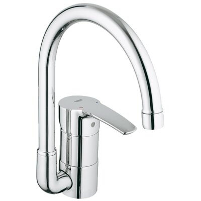 Eurostyle Single Handle Single Hole Standard Kitchen Faucet Finish: Chrome