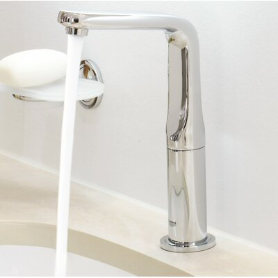 Veris Single Handle Widespread Bathroom Electronic Faucet with Digital Controller