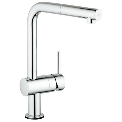 Minta Single Handle Deck Mount Kitchen Faucet with Pull Out Spray Finish: StarLight Chrome
