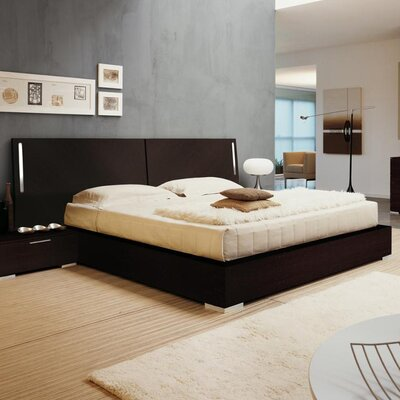 Enter Platform Bed Color: Wenge, Size: King
