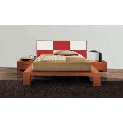 Wynd Platform Bed Size: California King