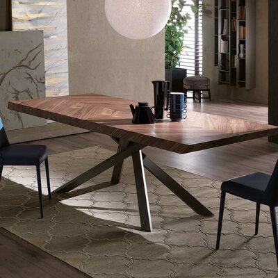 Quadron Fix Dining Table