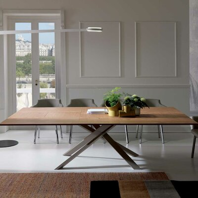 Quadron Extendable Dining Table