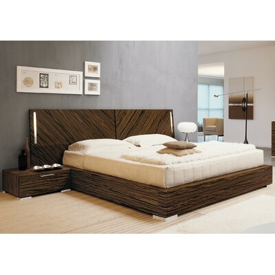 Webb Platform Bed Size: Queen